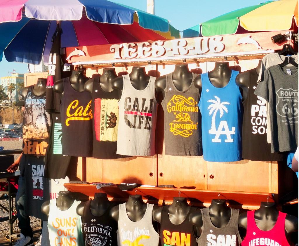 Lojinha de camisetas no Santa Monica Pier