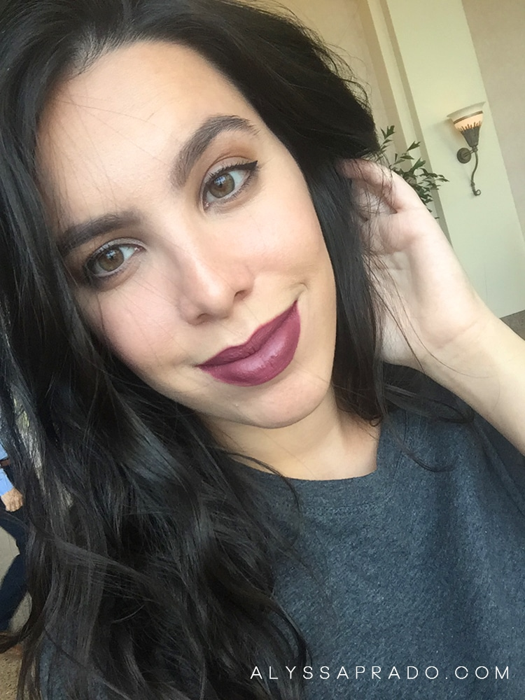 Batons Líquidos Colourpop Ultra Matte Lip StingRAYE