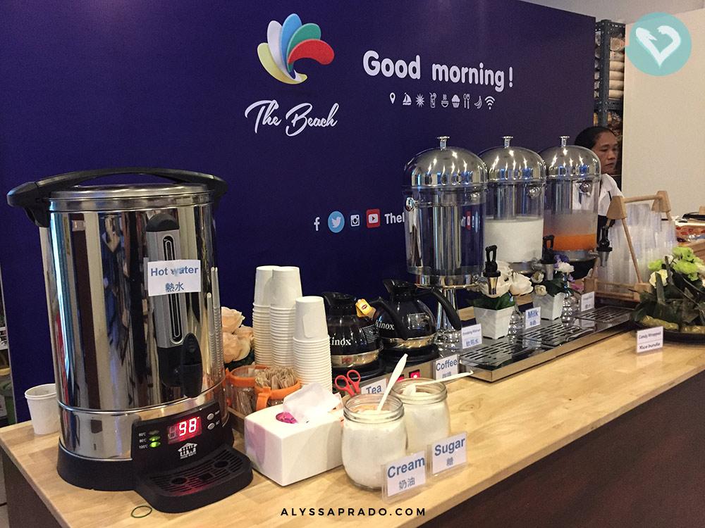 Café da manhã junto com o tour? No Sunrise Phi Phi, que chega em Maya Bay na Tailândia super cedo, tem! Clique no link para ler mais sobre esse passeio incrível!