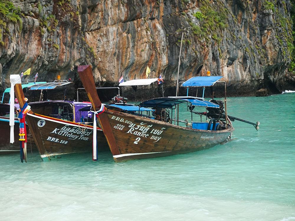 Conheça tudo sobre o Sunrise Phi Phi Tou,r, passeio que chega em Maya Bay, na Tailândia, antes de todos os outros turistas!