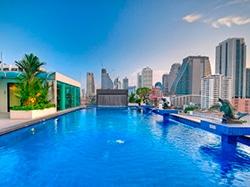 O Admiral Premiere fica a cinco minutos do SkyTrain, uma localização privilegiada em Bangkok! Descubra onde se hospedar na Tailândia nesse post!