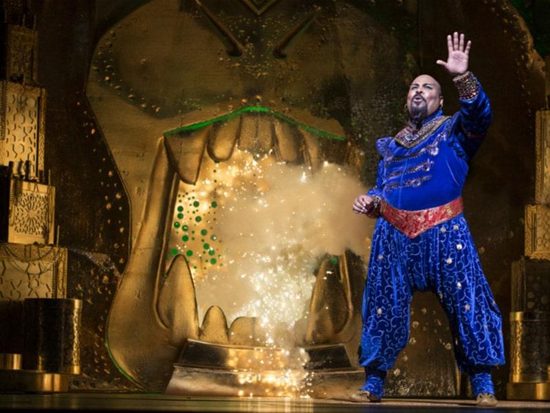 Descubra nesse post porque você deveria assistir ao musical Aladdin na Broadway