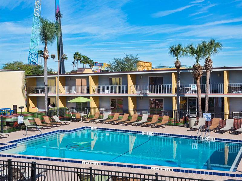 Descubra qual o melhor tipo de hospedagem em Orlando para sua viagem: casa, hotéis ou hotéis dentro do complexo da Disney e Universal!