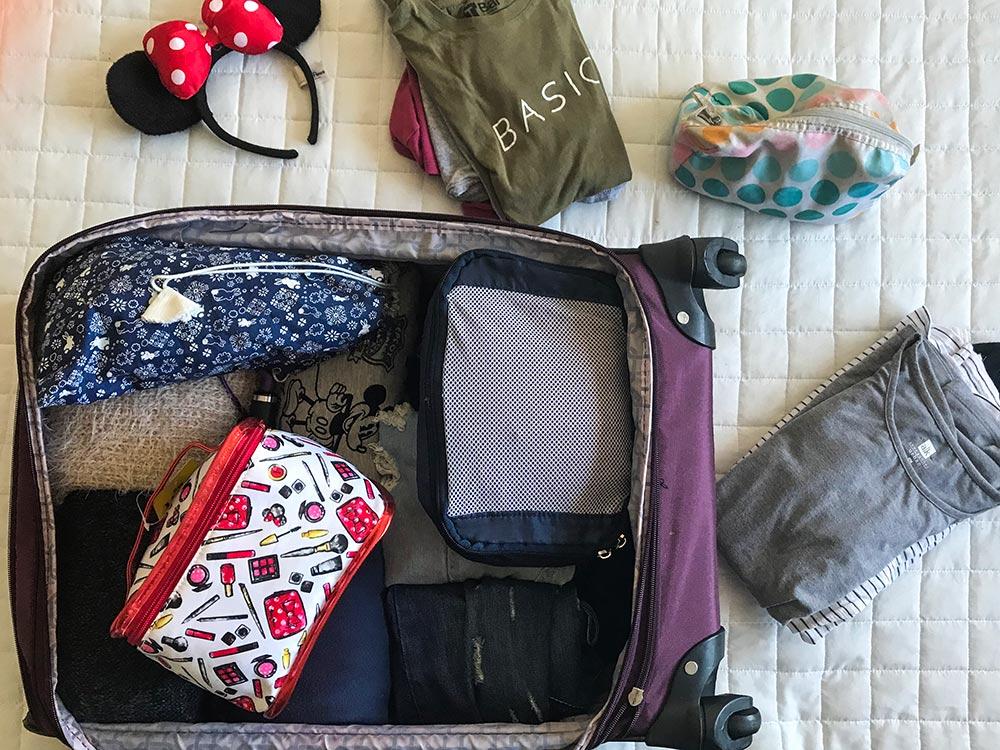 Veja dicas para montar uma mala de viagem. Truques para organizar seus pertences e não passar aperto na hora de fechar a mala!