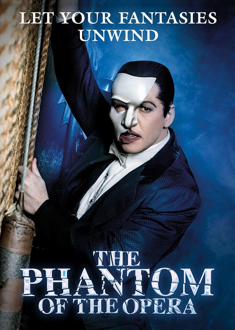 Leia mais sobre O Fantasma da Ópera na Broadway, espetáculo campeão de bilheteria e em cartaz há mais de 30 anos!
