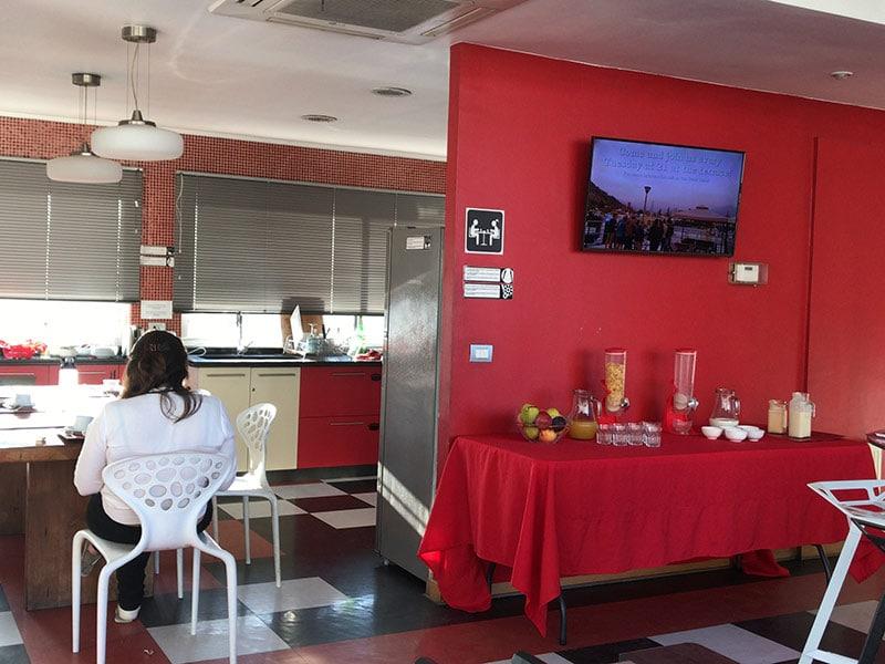 Veja o melhor hostel onde se hospedar em Santiago do Chile. Resenha completa do Rado Boutique Hostel!
