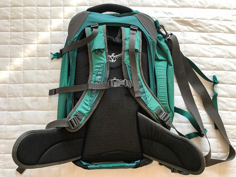 Leia a resenha completa do mochilão Osprey Farview de 40 litros nesse post!