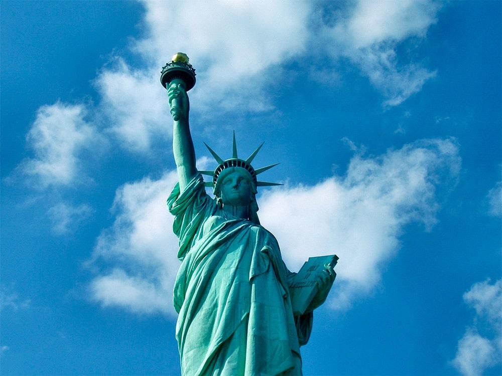 Descubra porque você deveria contratar um seguro viagem para os Estados Unidos, e veja quais são as melhores opções do mercado!