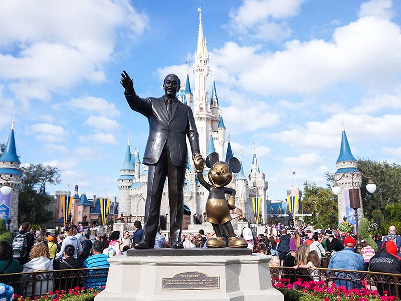 Castelo da Cinderella no Magic Kingdom! Veja outros 18 destinos de viagem para bombar seu Instagram nesse post!