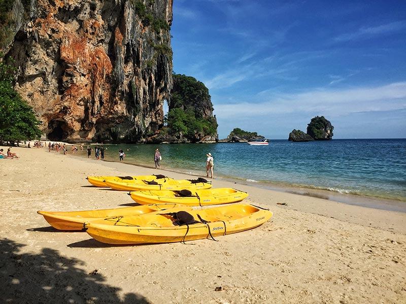 A Tailândia é um dos melhores destinos baratos do mundo! Veja uma lista com os melhores lugares baratos para viajar no blog!