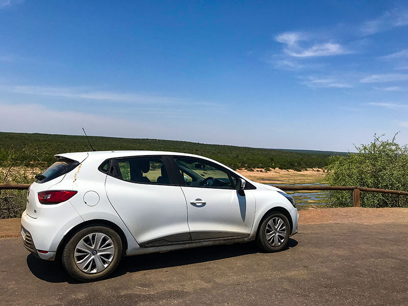 Alugar um carro é essencial para uma viagem pela África do Sul! Veja mais dicas e um roteiro para a África do Sul nesse post!