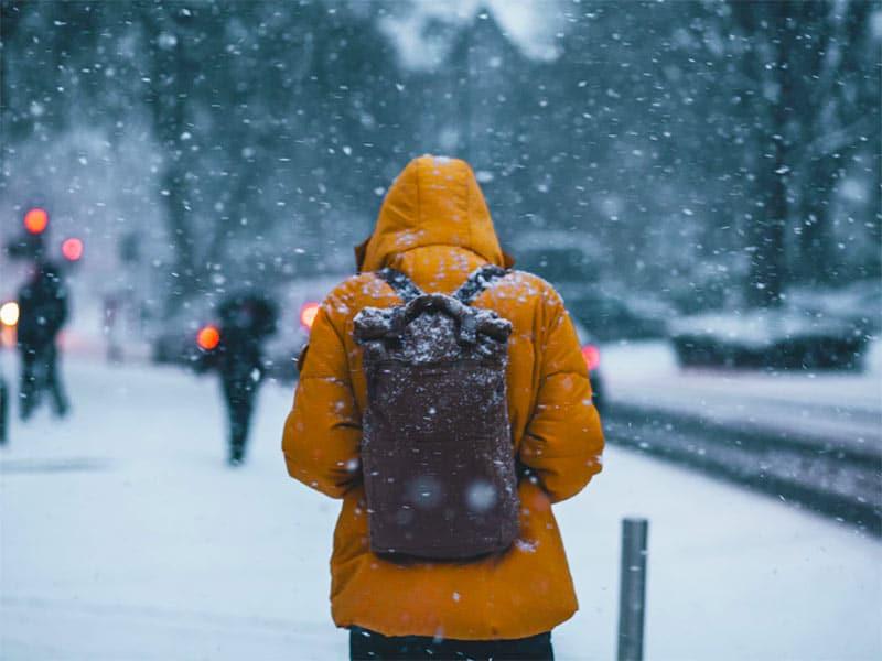 Descubra o que levar na sua mala de inverno nesse post! Dicas das melhores roupas, acessórios e como organizar uma mala para o frio!