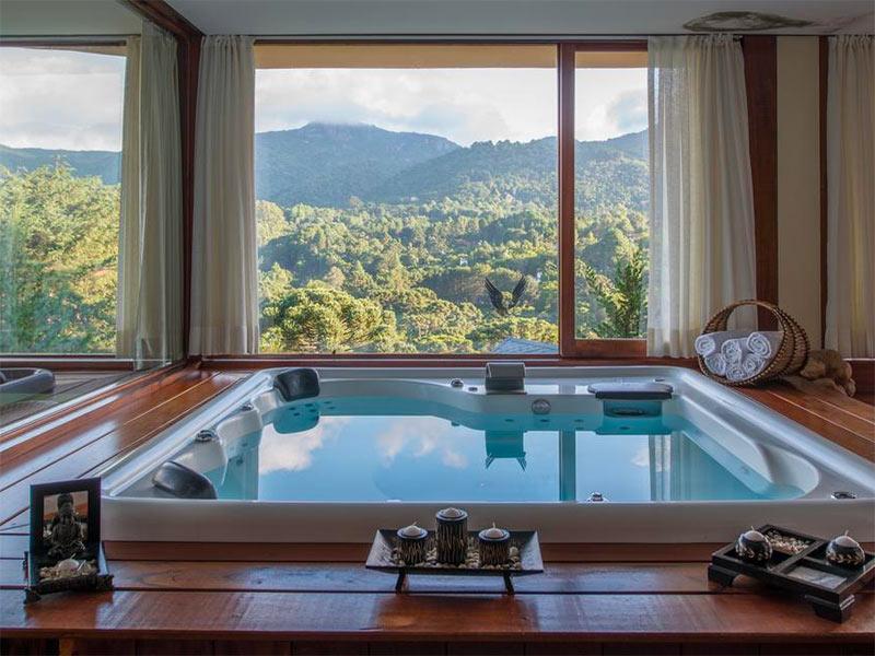 Monte Verde é uma ótima opção de viagem em casal para fazer no frio! Confira outros lugares frios para viajar no brasil nesse post!