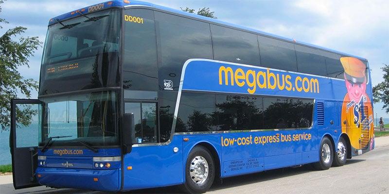 Com o Megabus você viaja barato de ônibus pelos Estados Unidos e conhece vários destinos! Descubra esse e outros sites para viajar barato nesse post!